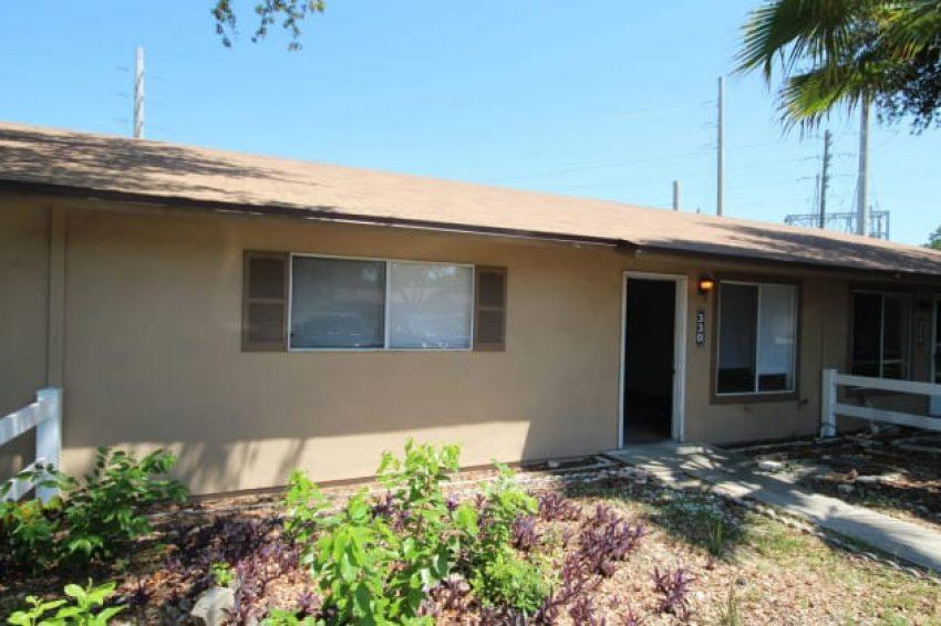330 Rosewood LN, Tavares, FL, 32778 1
