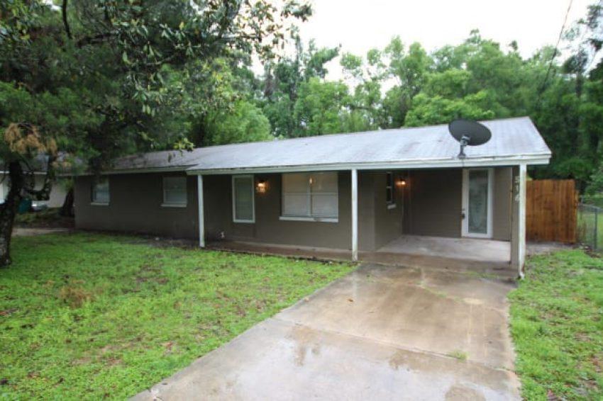 516 W Garrison Ave,Deland, FL 32720 3