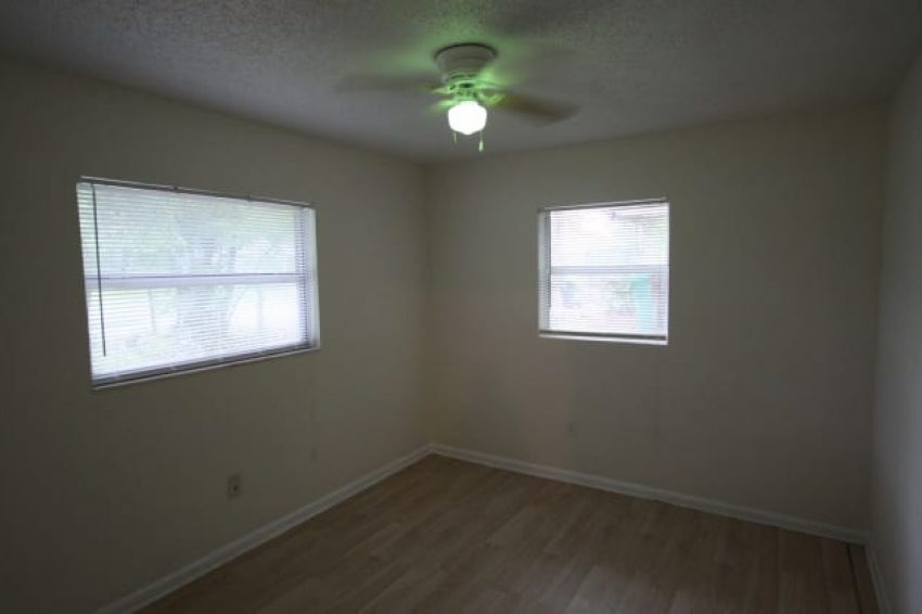516 W Garrison Ave,Deland, FL 32720 9