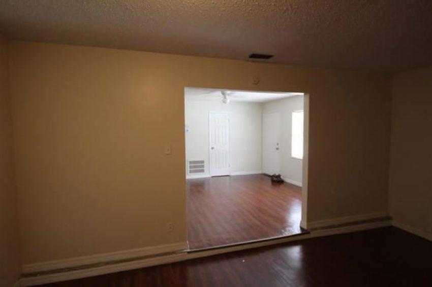 618 Reddick Street Eustis, FL 32726 5